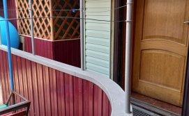 вход в дом со двора