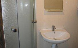 душ +туалет 1 поверх.