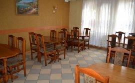 Кафе Марічка на першому поверсі