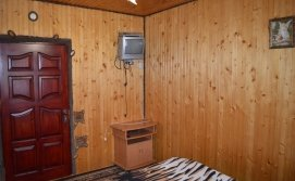Двомісна спальня на першому поверсі