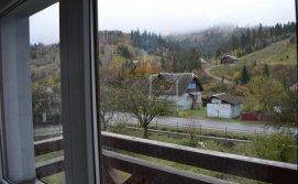 Балкон номерів 2+2 Бойківський маєток