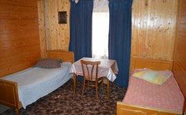 Двомісна кімната апартаментів на 10-15 осіб Приватна садиба У Галі