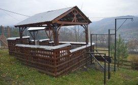 Альтанка Приватна садиба Гірська вершина
