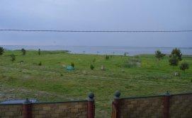 База відпочинку Пулемчанка - Вид на озеро з балкону
