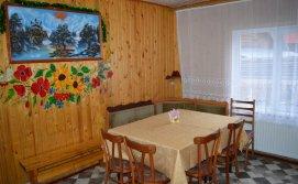 Обідній стіл - котедж Обіч