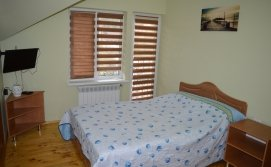 Спальня на двох на другому поверсі -KATAMAN HOUSE