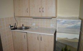Кухонний куточок на другому поверсі