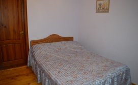 Спальня на двох на другому поверсі - KATAMAN HOUSE