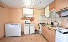 Загальна кухня для тримісних номерів коридорного типу