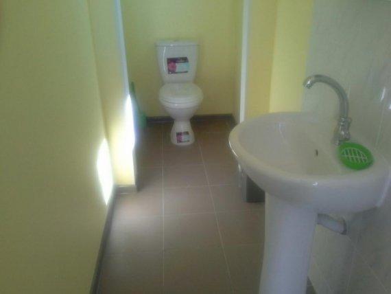 туалет на этаже