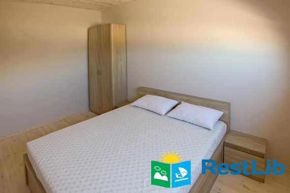 Двуспальная кровать отель Бирючий
